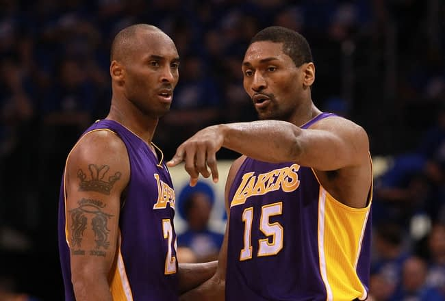 Metta-World-Peace-and-Kobe-Bryant-los-angeles-lakers-31367585-650-440